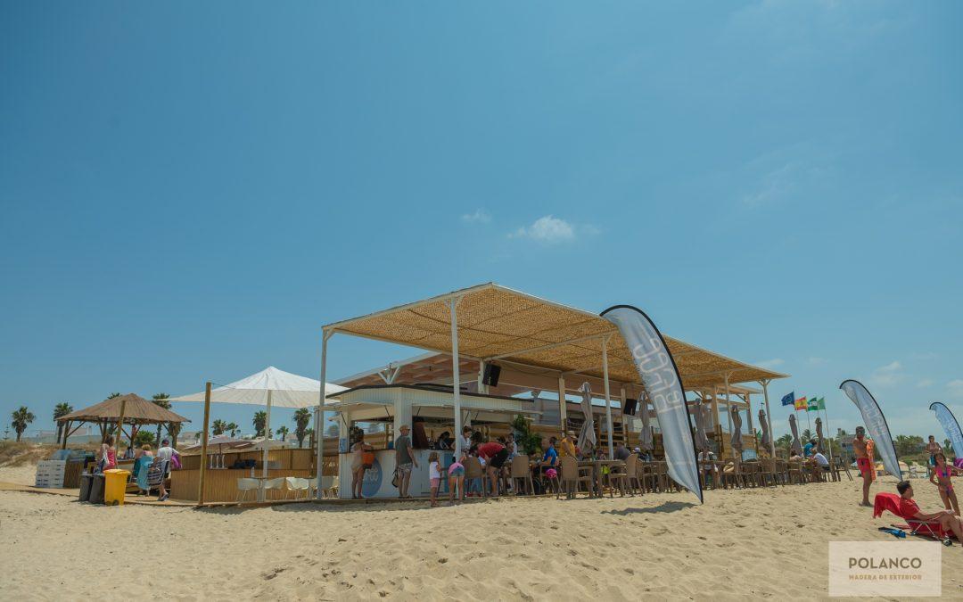 Chiringuito en la playa, para disfrutar el verano